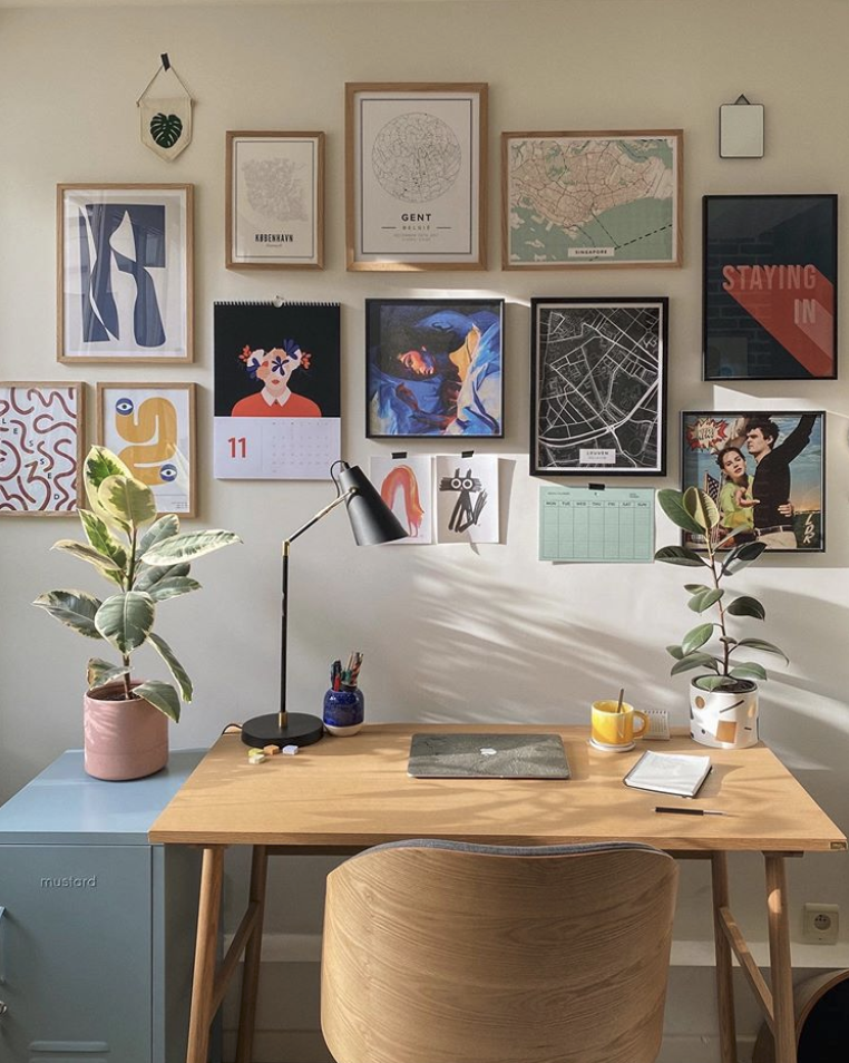 gallery wall: lease-friendly decorating hack