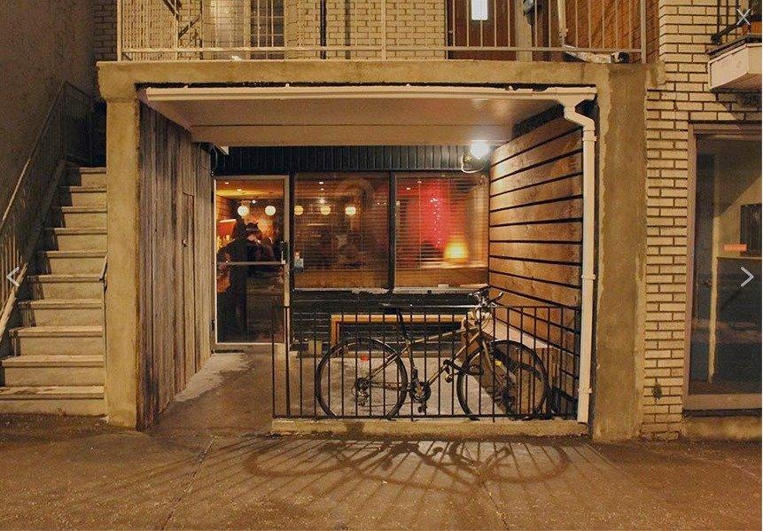 Le Bar A exterior