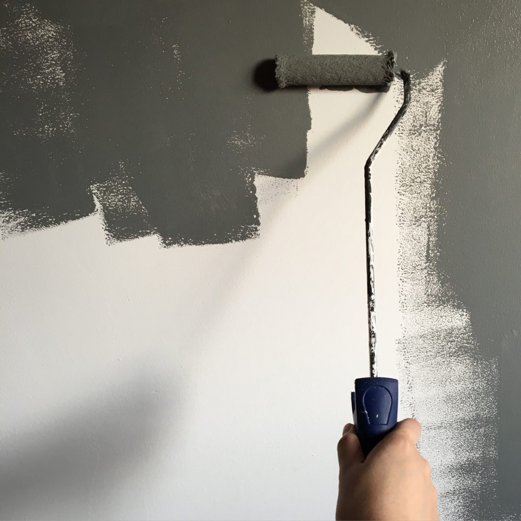 Painting and decor - finding the right apartment for your needs.